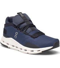 cloudnova låga sneakers blå on
