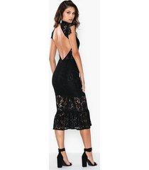 rare london high neck lace midi dress fodralklänningar