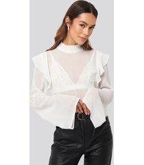 na-kd trend wide sleeve frill blouse - white
