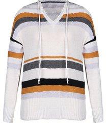suéter de manga larga con cuello en v y diseño de rayas blancas