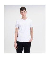 camiseta com listras maquinetadas em algodão peruano | request | branco | gg