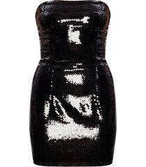 jurk met ontblote schouders