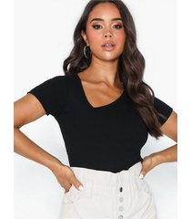 nly trend asymmetric tee t-shirts