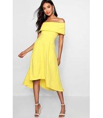 skater jurk met langere achter zoom en open schouders, geel