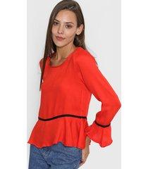 blusa roja nano francia
