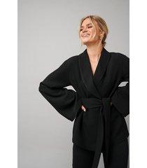 hanna schönberg x na-kd kimono blazer - black