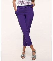 pantalón con bolsillos diagonales bota recta unicolor