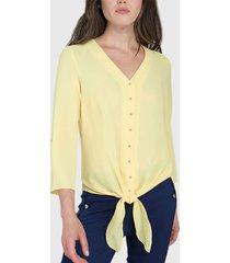 blusa ash lisa con nudo amarillo - calce regular