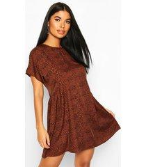 petite short sleeve leopard smock dress, rust