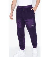 adidas originals r.y.v. tf tp byxor purple