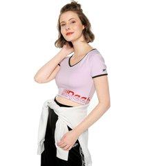camiseta lila-rojo-negra reebok speed wick