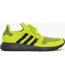 adidas originals swift run sneakers gul
