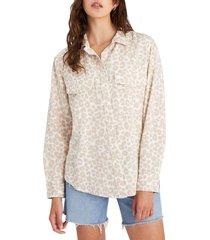 women's sanctuary print utility shirt, size x-large - beige