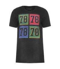 camiseta masculina quadrados reticulado - preto
