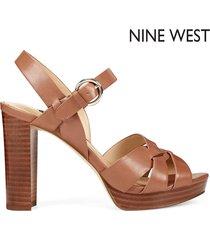 tacón alto para mujer nine west dela- marrón
