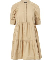 klänning vmcora 2/4 short embroidered dress