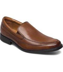 tilden free loafers låga skor brun clarks