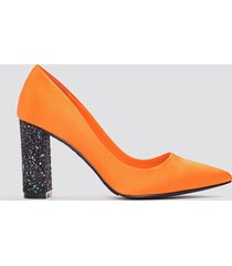 na-kd shoes glitter heel satin pumps - orange,multicolor