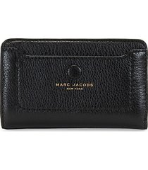 marc jacobs women's empire city compact leather wallet - black