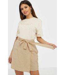 pieces pcalinen hw skirt bc minikjolar
