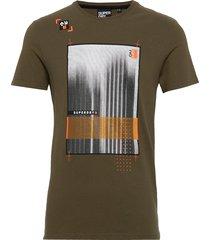 alchemy vision tee t-shirts short-sleeved grön superdry