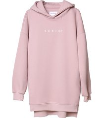 bluza long z kapturem różowa serio?