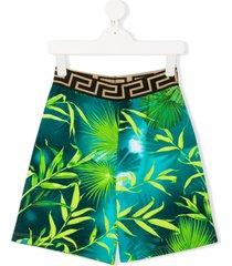 young versace tropical-print casual shorts - green