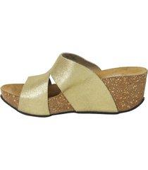 sandalia brillo cortes oro mailea