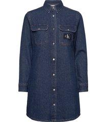 archive relaxed utility dress kort klänning blå calvin klein jeans
