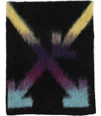 black multicolored arrow scarf
