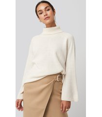na-kd high neck wide sleeve sweater - white