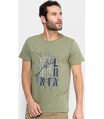 camiseta burn cities or places masculina