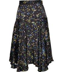 vila knälång kjol svart custommade