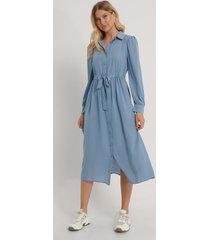 na-kd boho skjortklänning i midimodell - blue