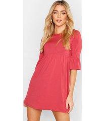 geribbelde gesmokte jurk met mouwfranjes, rose