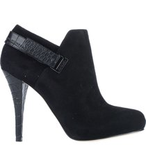 guess booties