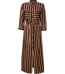 abito chemisier con cintura (marrone) - bodyflirt