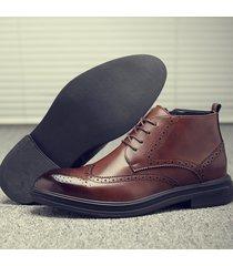 stivali casual brogue antiscivolo resistenti antiscivolo in pelle da uomo di grandi dimensioni