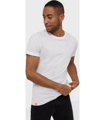 superdry ol low roller tee t-shirts & linnen white