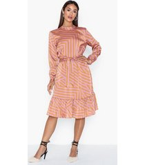 moss copenhagen tessa dress aop loose fit dresses