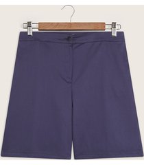 bermuda con bolsillos diagonales unicolor-14