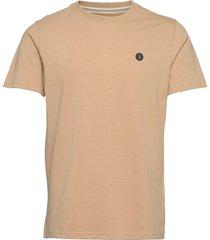 akrod t-shirt t-shirts short-sleeved beige anerkjendt