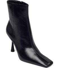 mode shoes boots ankle boots ankle boot - heel svart mango