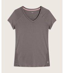 camiseta y mangas en malla