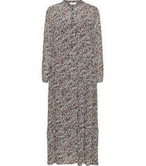 glorie rikkelie maxi dress aop knälång klänning multi/mönstrad moss copenhagen