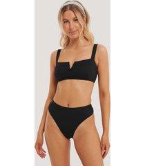 na-kd swimwear baddräkt med hög benskärning - black