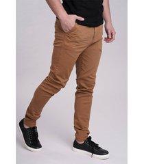 pantalón marrón rever pass avila