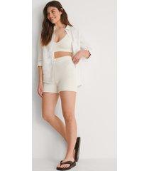 na-kd ekologiska stickade shorts - white