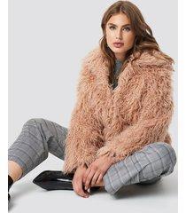 na-kd faux fur short jacket - pink