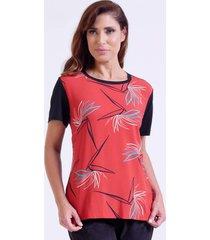 t-shirt com frente de viscose estampada e costas de viscolycra coral